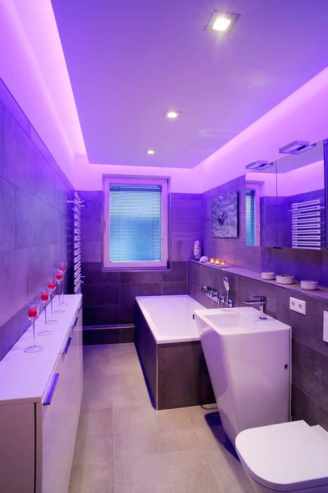 Lichte Ideen:  Badezimmer von Koster GmbH,Modern