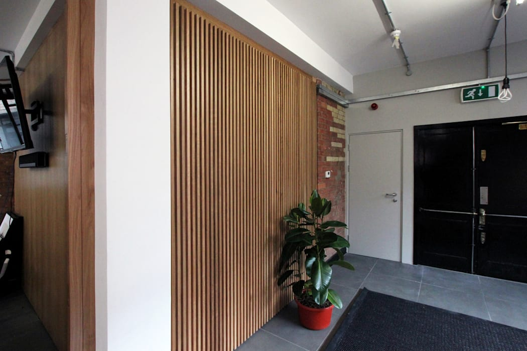 Office refurbishment, Berry St. EC1:  Offices & stores by Tendeter,