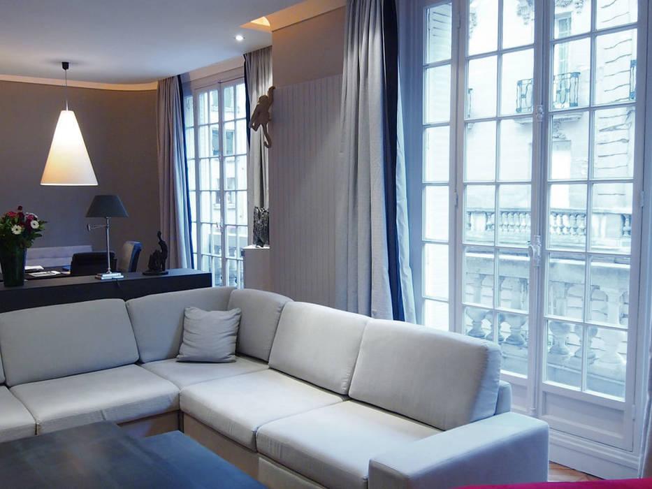 Tissu: Salon de style de style Moderne par STUDIO SANDRA HELLMANN
