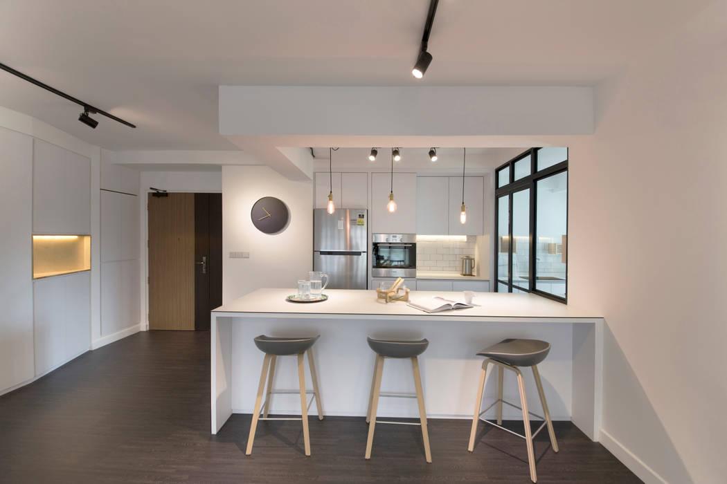 Compassvale Ancilla:  Kitchen by Eightytwo Pte Ltd,Modern