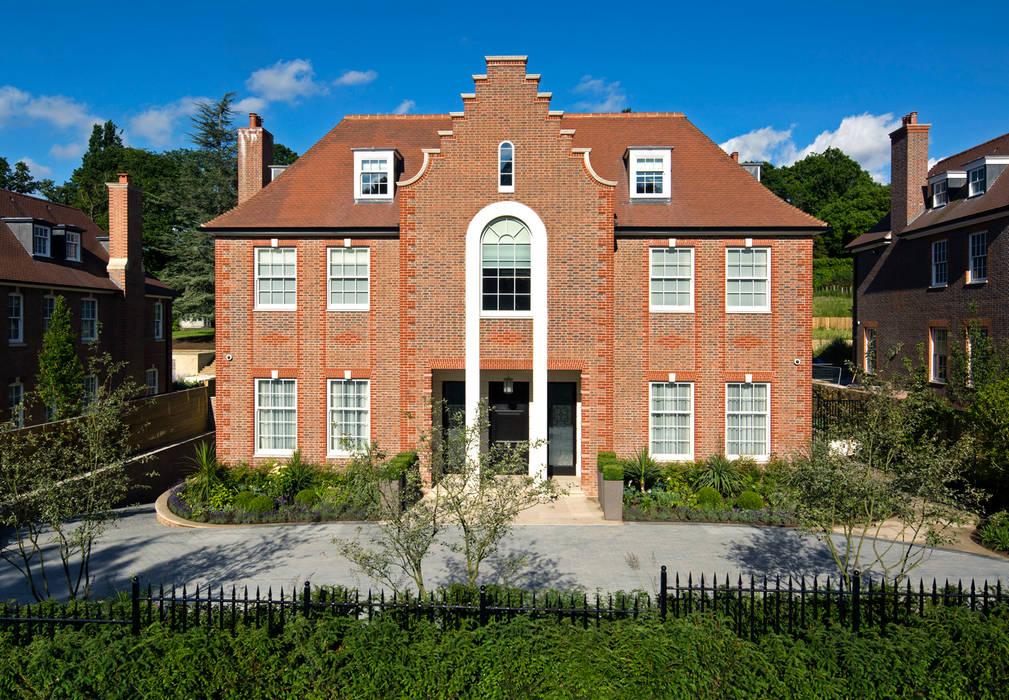 Suburban villa: Winnington Road Wolff Architects Modern houses