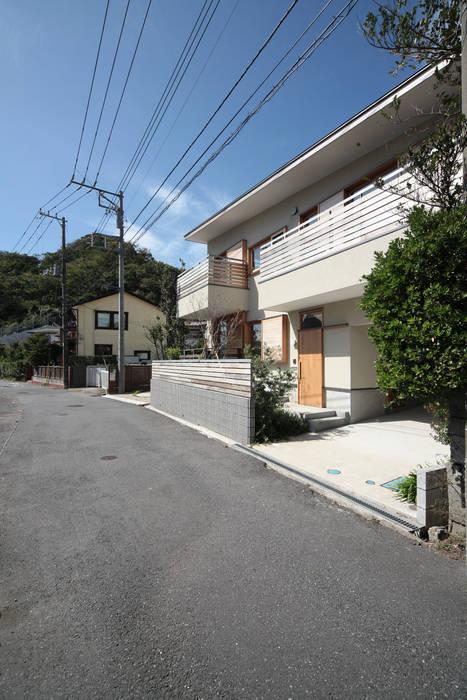 葉山の住宅: 佐藤重徳建築設計事務所が手掛けた家です。,オリジナル