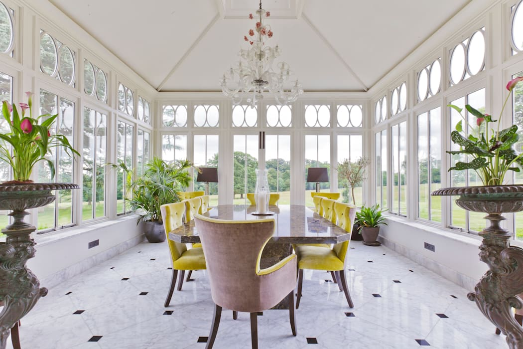 Impressive Dining Conservatory:  Conservatory by Vale Garden Houses,