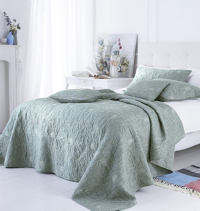 Riviera Embroidered Bedspread Marquis & Dawe BedroomTextiles