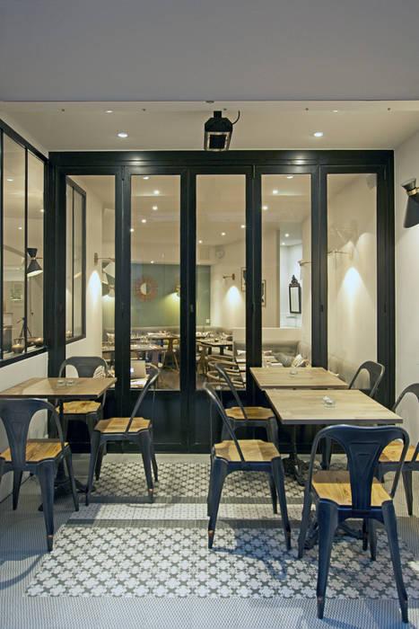 Terrasse Exterieure Couverte Et Chauffee Ouverte Sur Le Restaurant