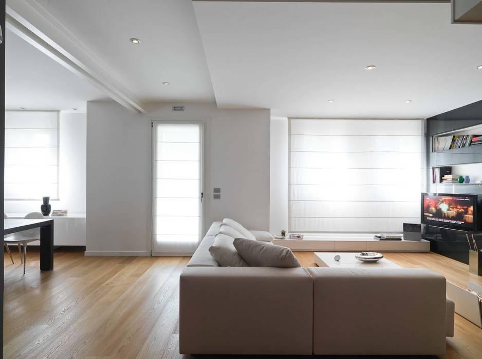 Salas / recibidores de estilo  por SANSON ARCHITETTI, Minimalista
