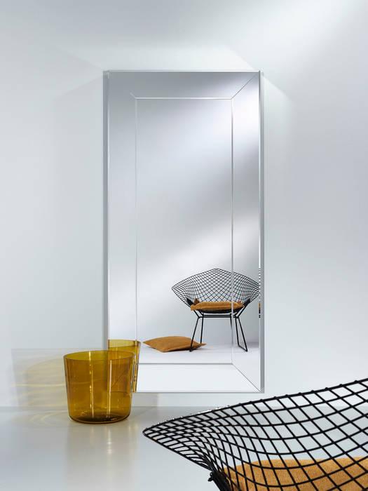 Flur, Diele & Treppenhaus von Deknudt Mirrors