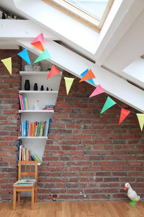 une nouvelle chambre pour les enfants: Chambre d'enfant de style de style Moderne par BuroBonus
