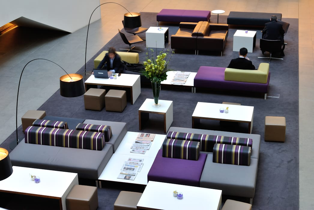 Mint Hotel, Tower of London Modern hotels by Hitch Mylius Modern