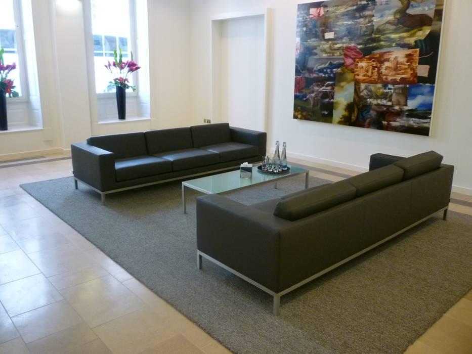 Kleinwort Benson Modern office buildings by Hitch Mylius Modern