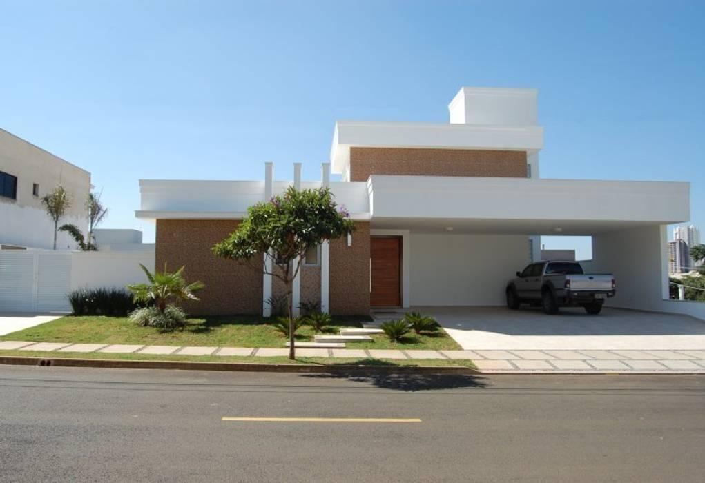casa Irani Casas modernas por MARIA IGNEZ DELUNO arquitetura Moderno