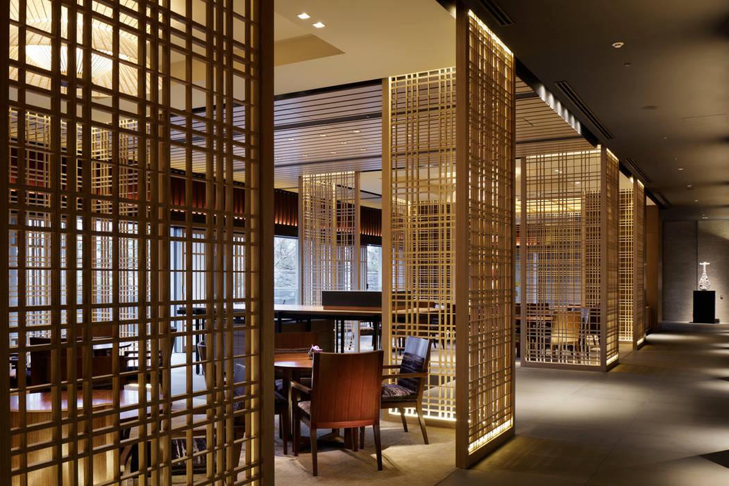Lobby Loundge: WORKTECHT CORPORATIONが手掛けたホテルです。