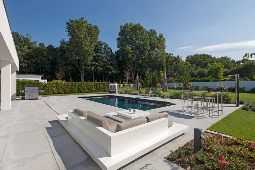 Pool Moderne Pools von homify Modern