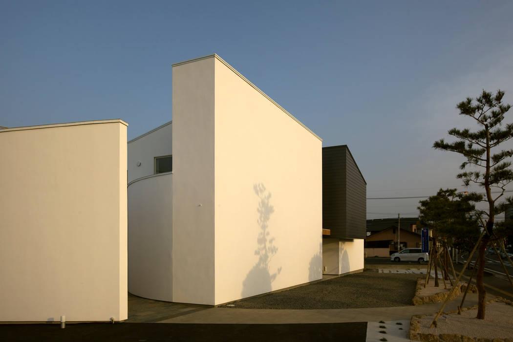 シスルビーⅠ モダンな 家 の TEAM STUDIO ARCHITECTS Inc. モダン