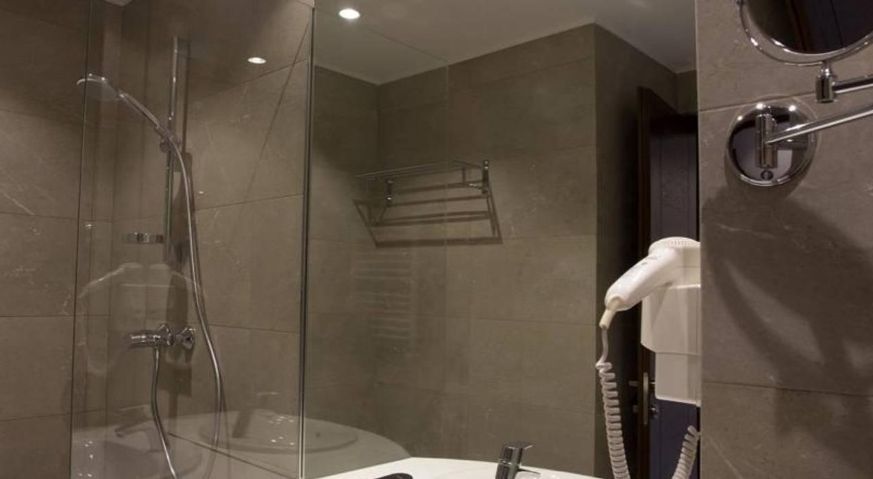 Milimetrik Mimarlık – Costé Hotel  by Milimetrik Mimarlık:  tarz Oteller, Modern
