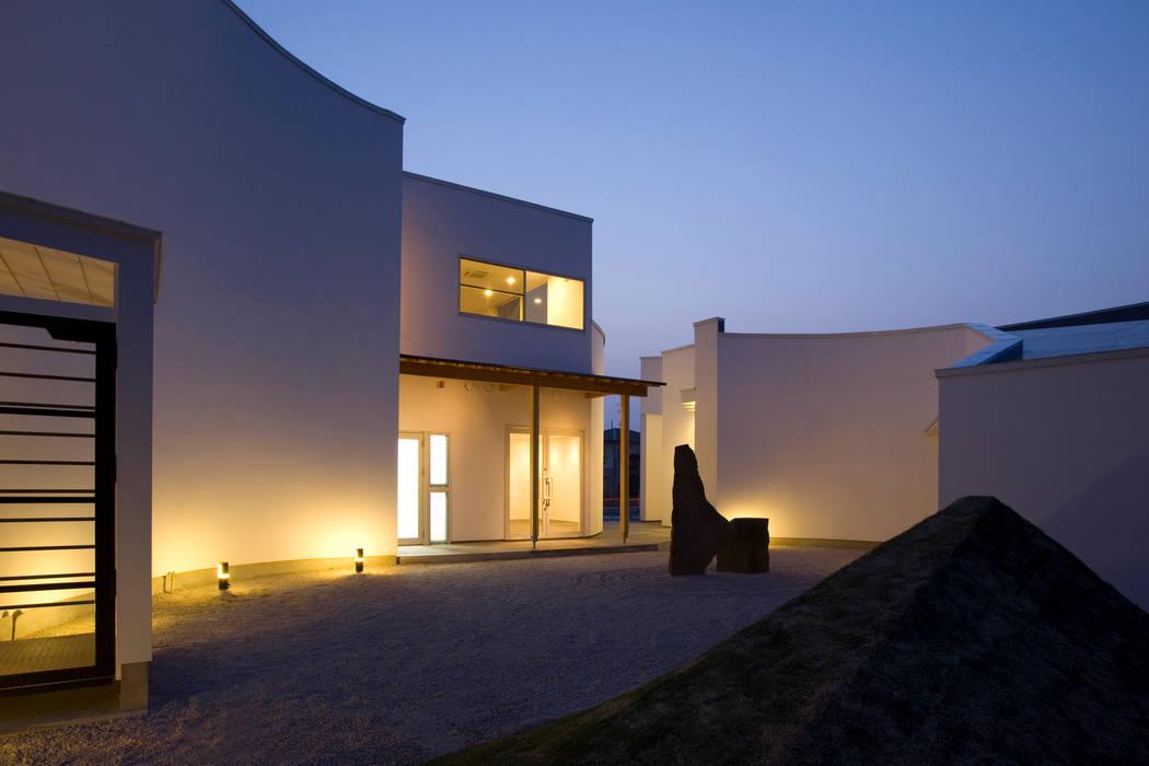 シスルビーⅠ モダンな庭 の TEAM STUDIO ARCHITECTS Inc. モダン