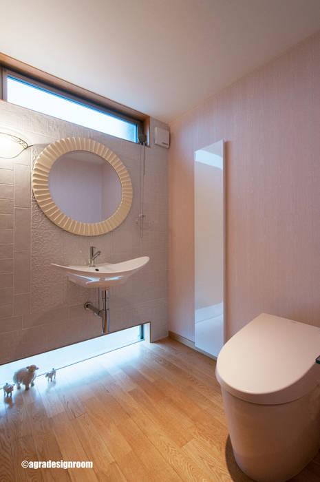 Modern style bathrooms by アグラ設計室一級建築士事務所 agra design room Modern