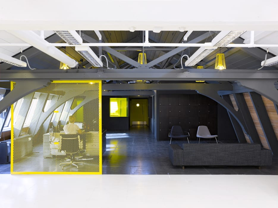 Aqueduct:  Office buildings by Hitch Mylius,