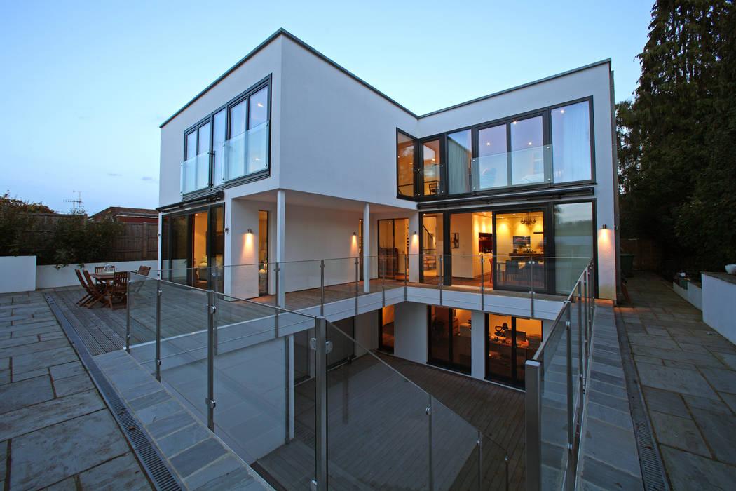 Radlett house Balcone, Veranda & Terrazza in stile moderno di Nicolas Tye Architects Moderno
