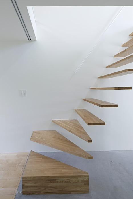 Park House Pasillos, vestíbulos y escaleras de estilo ecléctico de another APARTMENT LTD. / アナザーアパートメント Ecléctico