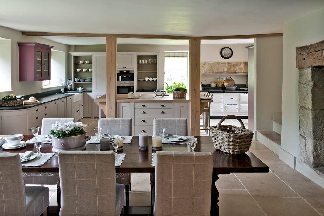 Ansty Manor, Kitchen:  Kitchen by BLA Architects,