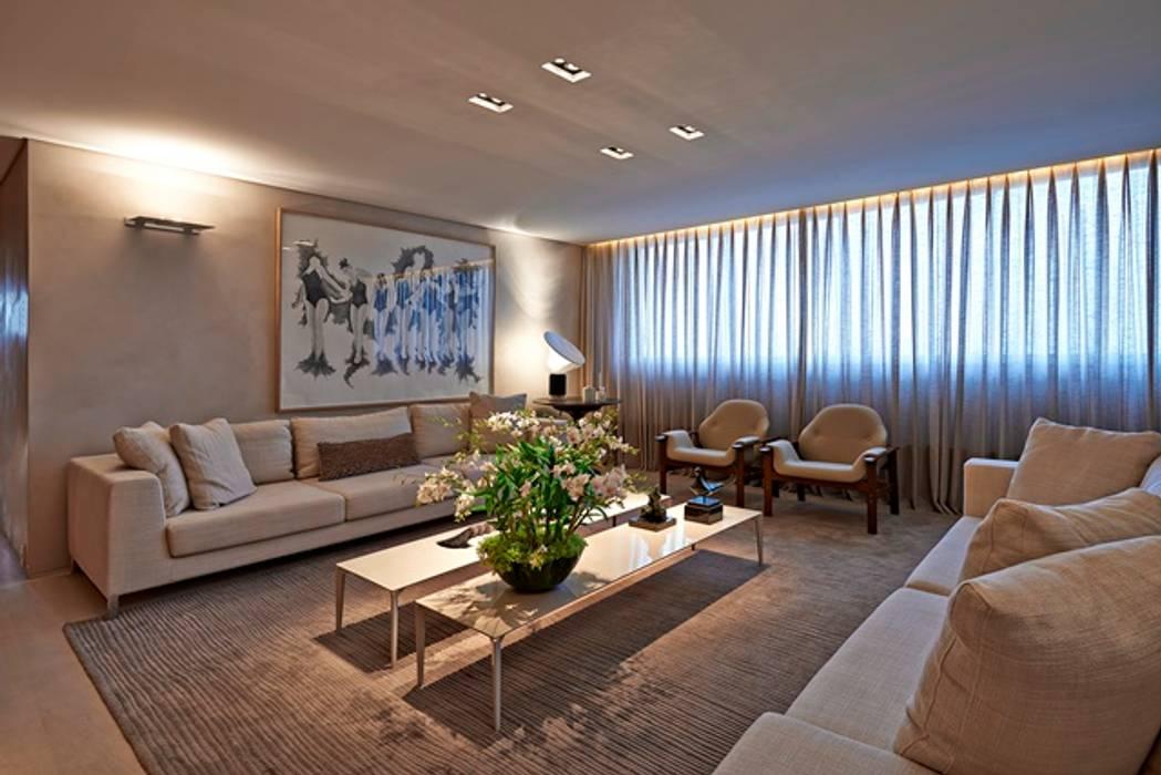 Salas de estilo moderno de Alessandra Contigli Arquitetura e Interiores Moderno
