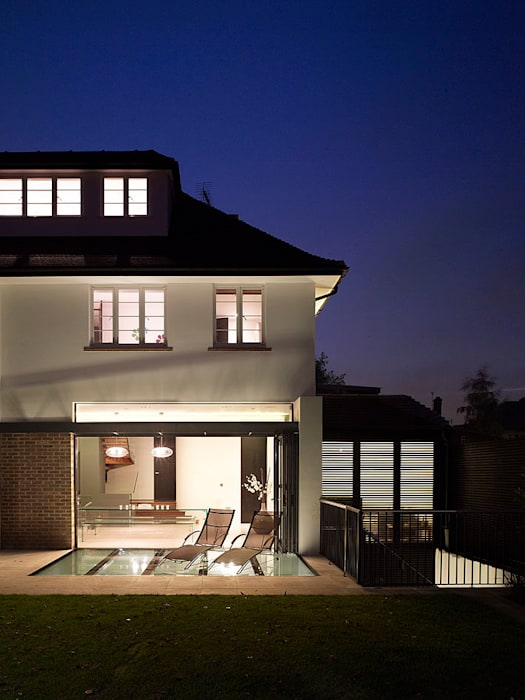 ​Sheen Lane, Exterior:  Houses by BLA Architects,
