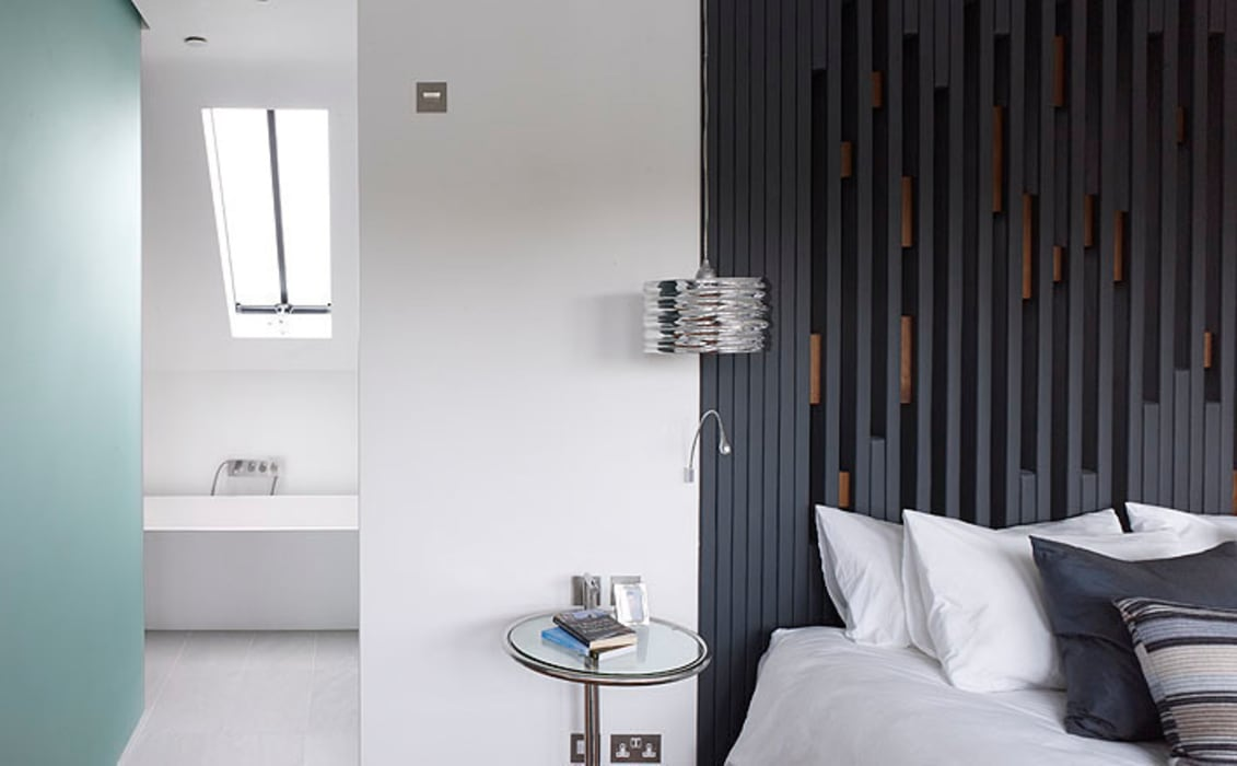 ​Sheen Lane, Bedroom:  Bedroom by BLA Architects,