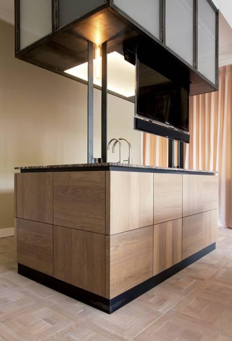 Salle à manger minimaliste par Proest Interior Minimaliste