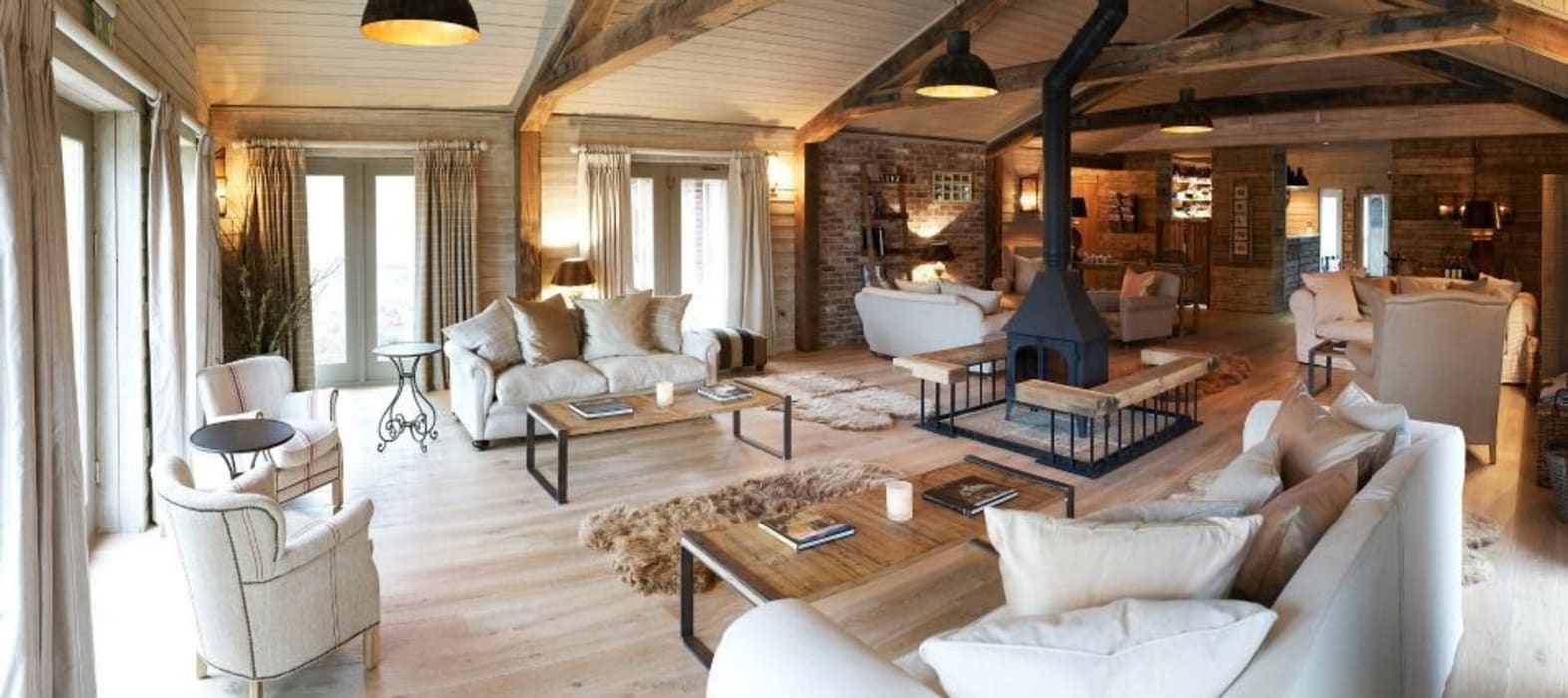 Fletcher's Cottage Living Area Rustic style spa by Aitken Turnbull Architects Rustic