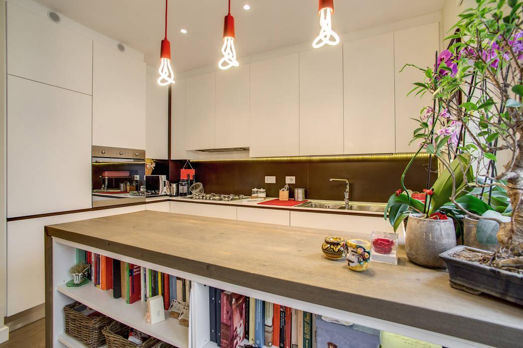 BALDUINA: Cucina in stile in stile Moderno di MOB ARCHITECTS