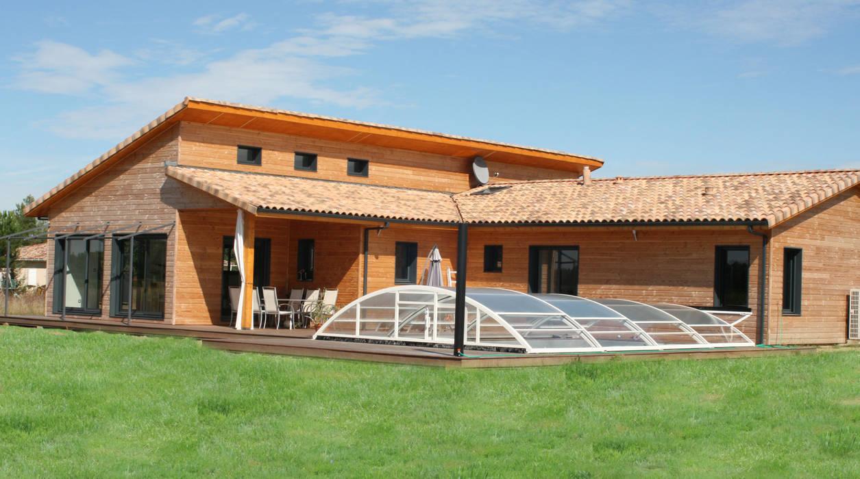 Maison individuelle ossature bois Maisons modernes par i Petra France Moderne