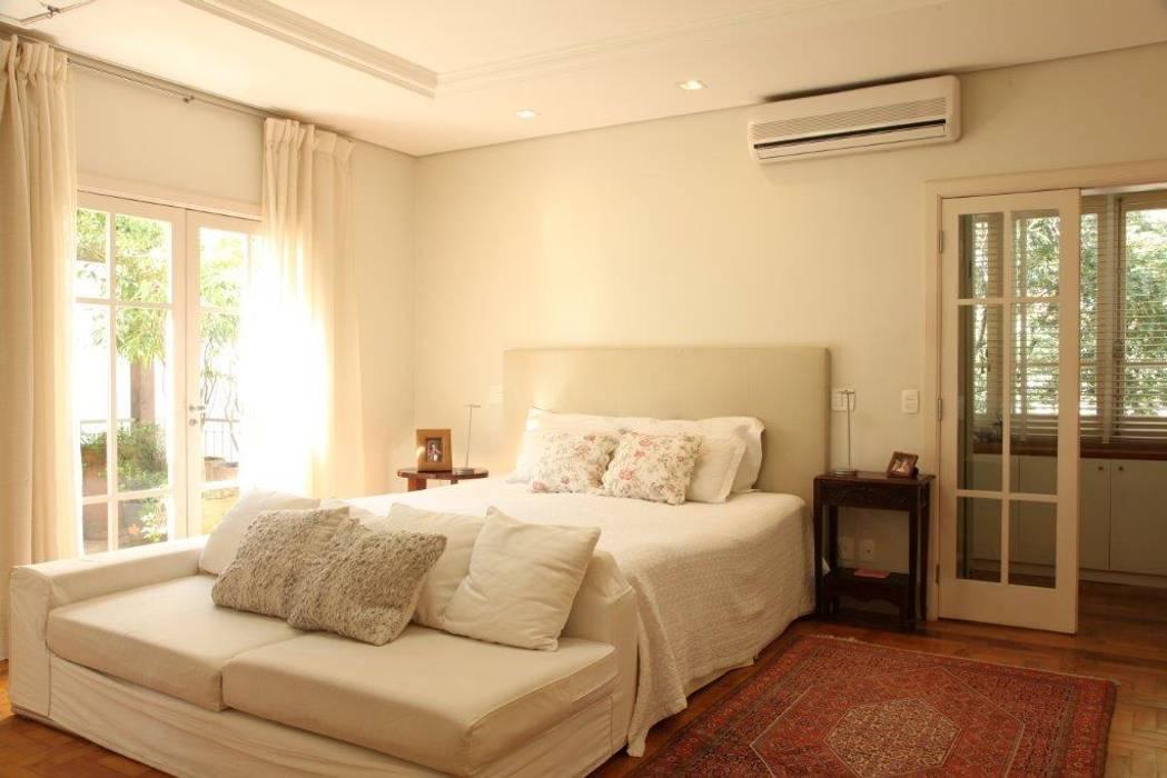 Camera da letto in stile in stile coloniale di ornella lenci ...