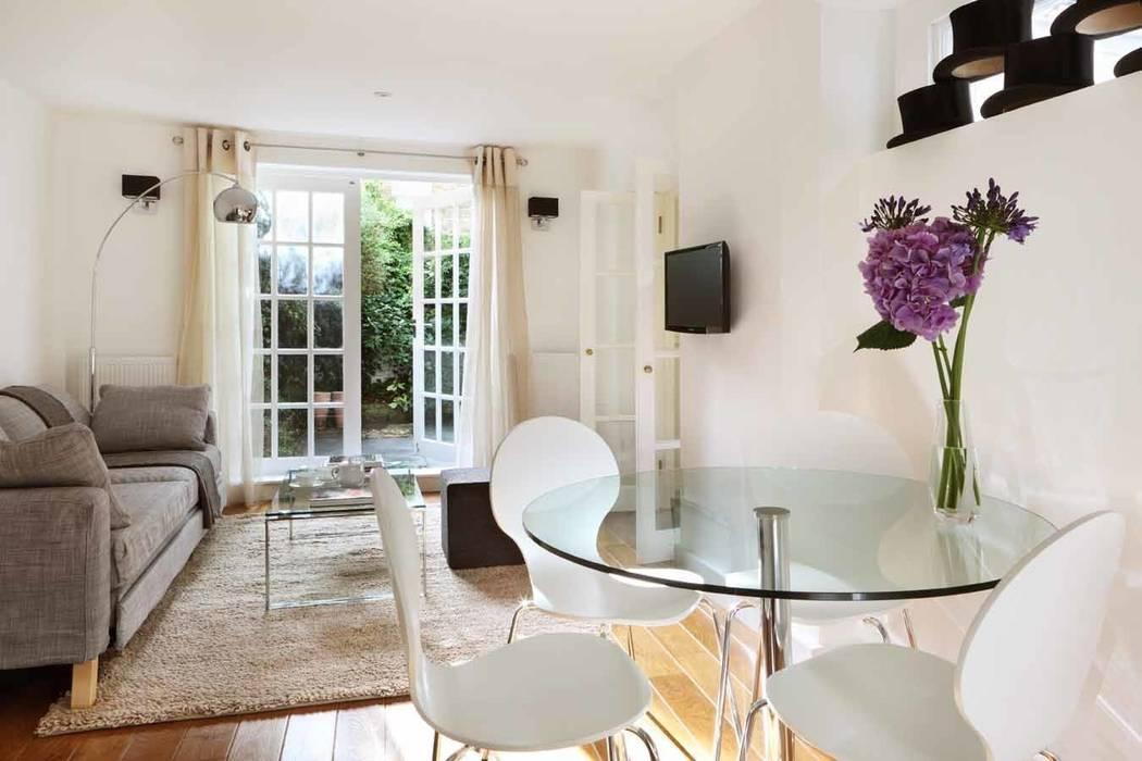 Living - Dining room: Soggiorno in stile in stile Moderno di gdp interiors