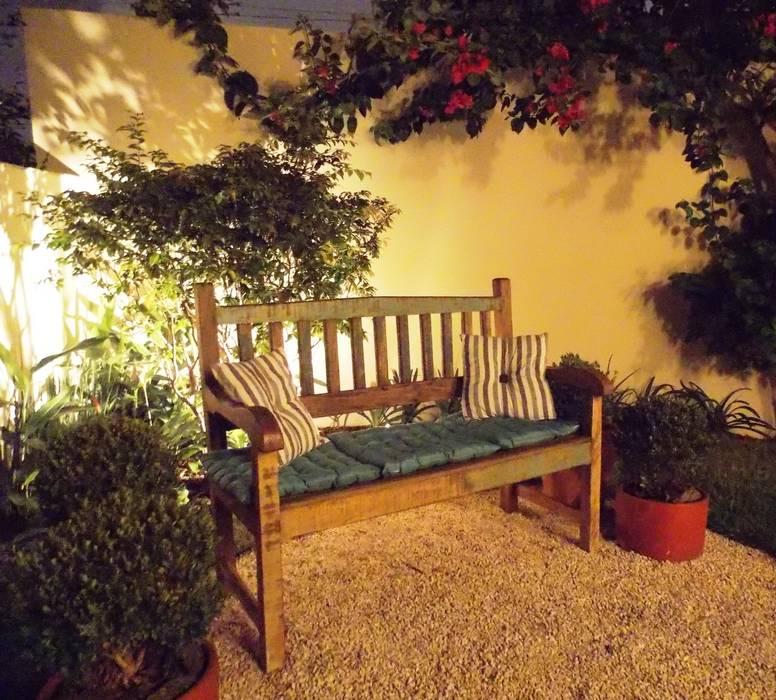 Lúcia Vale Interiores Rustic style garden