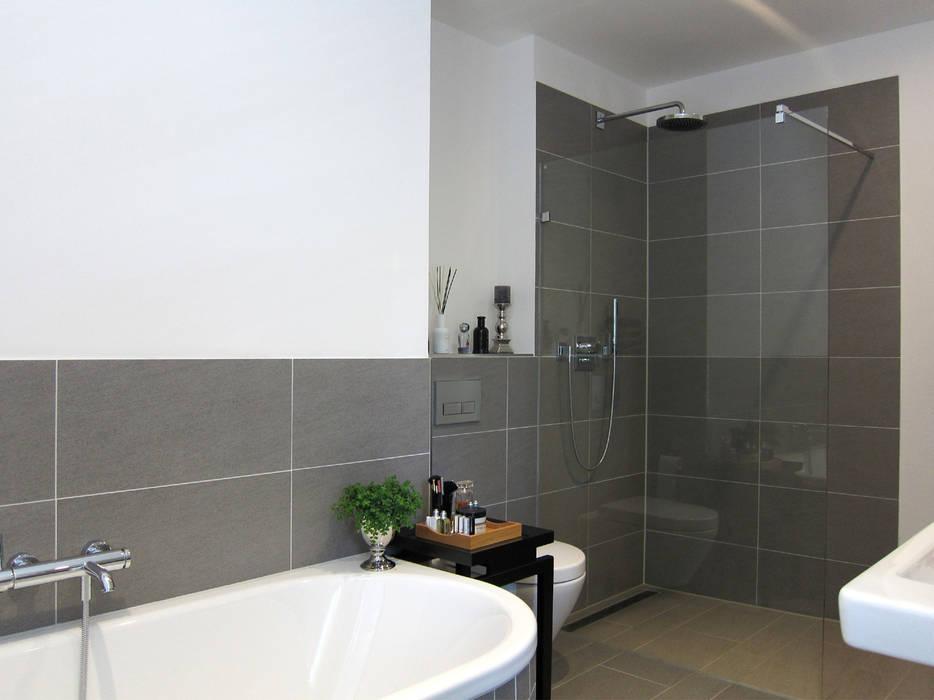Fitnessbad moderne badezimmer von hansen innenarchitektur ...