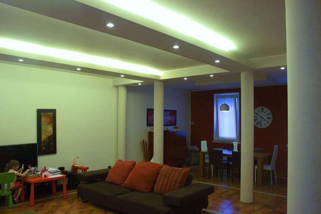 Sistemazione interni e nuova illuminazione casa di borgo: soggiorno
