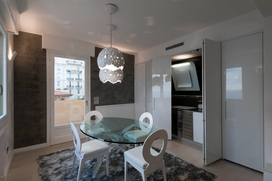 Cucina: Cucina in stile in stile Moderno di studiodonizelli