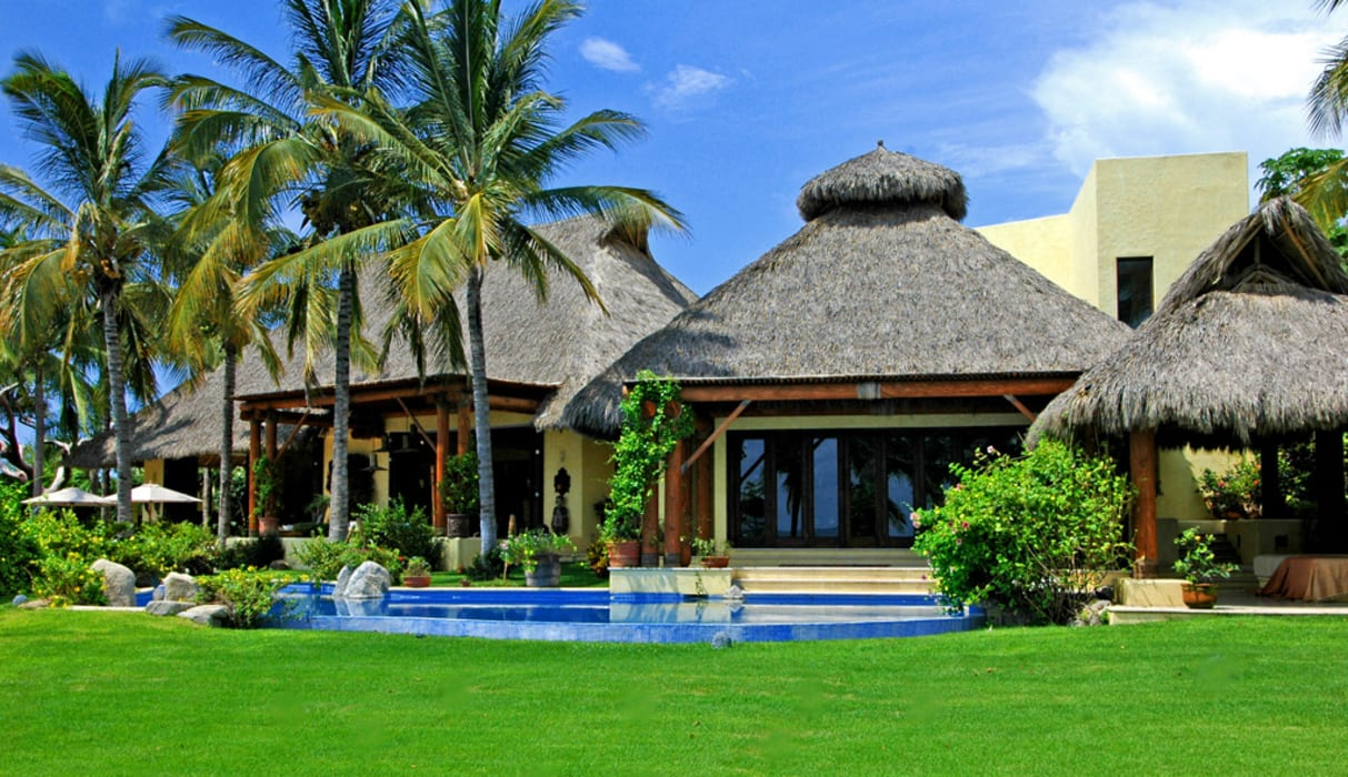 Casa Amore Albercas tropicales de BR ARQUITECTOS Tropical