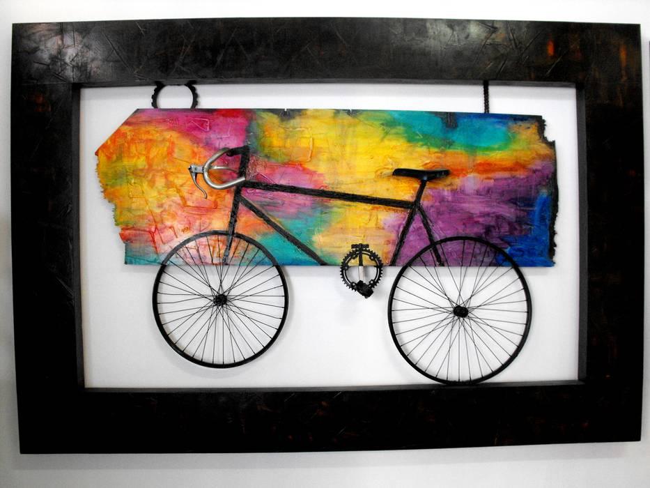 Bicicleta Pasillos, vestíbulos y escaleras modernos de Galeria Ivan Guaderrama Moderno
