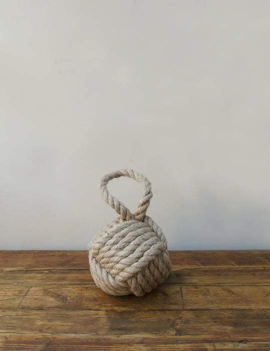 Natural Rope Knot Door Stop de homify Rústico