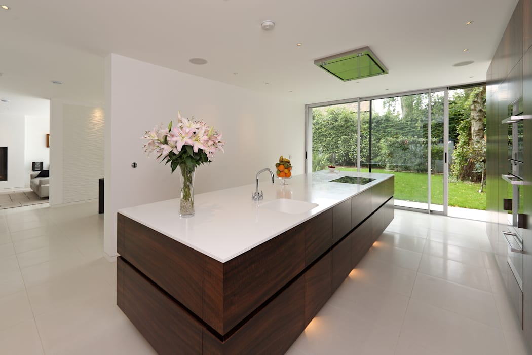 Brixham House Modern Kitchen by Nicolas Tye Architects Modern