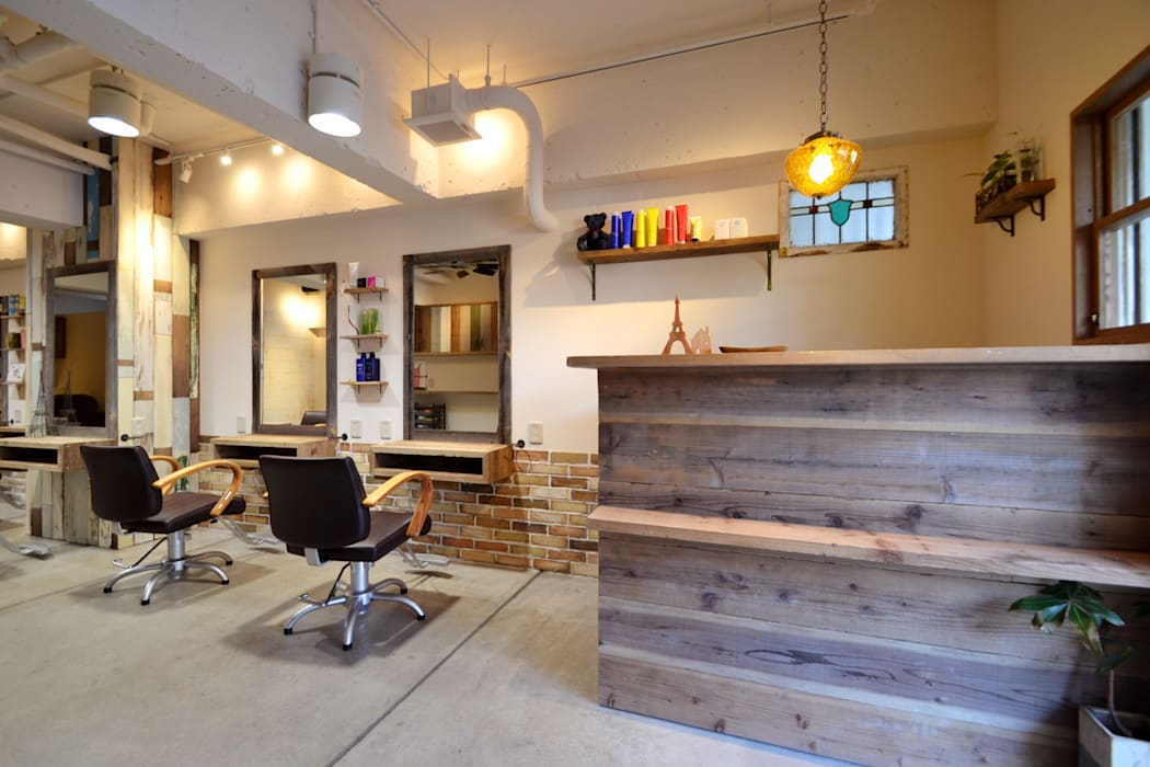 TRANSFORM 株式会社シーエーティ Eclectic style commercial spaces