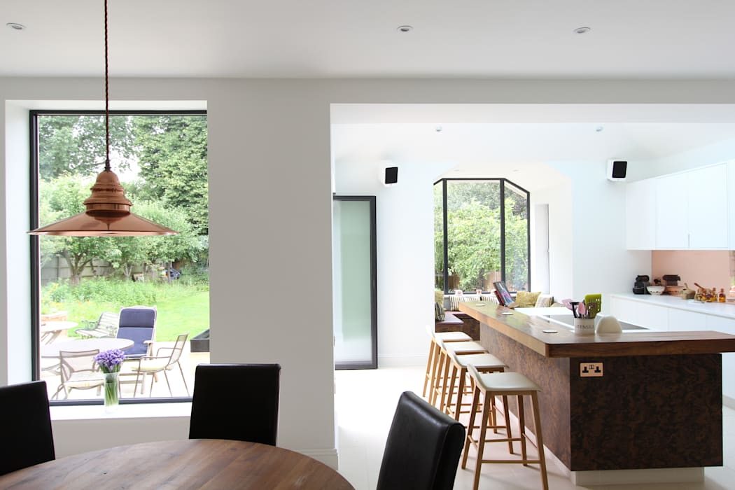 Wanstead Village Kitchen:  Kitchen by Phillips Design Studio,