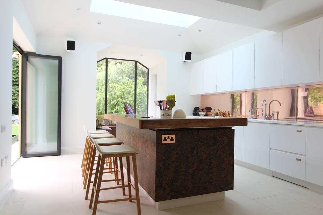 Wanstead Village Kitchen: modern  by Phillips Design Studio, Modern