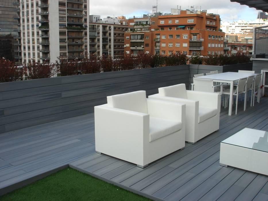 Mobiliario de Iniciativa Balcones y terrazas de estilo moderno de Palos en Danza Moderno