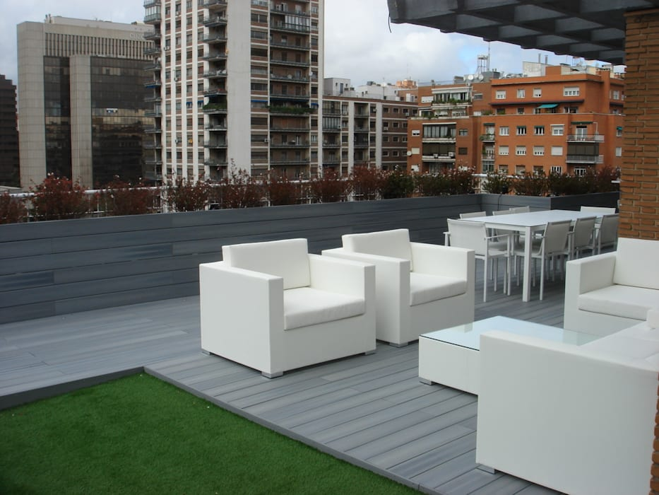 Detalle mobilitario exterior Balcones y terrazas de estilo moderno de Palos en Danza Moderno
