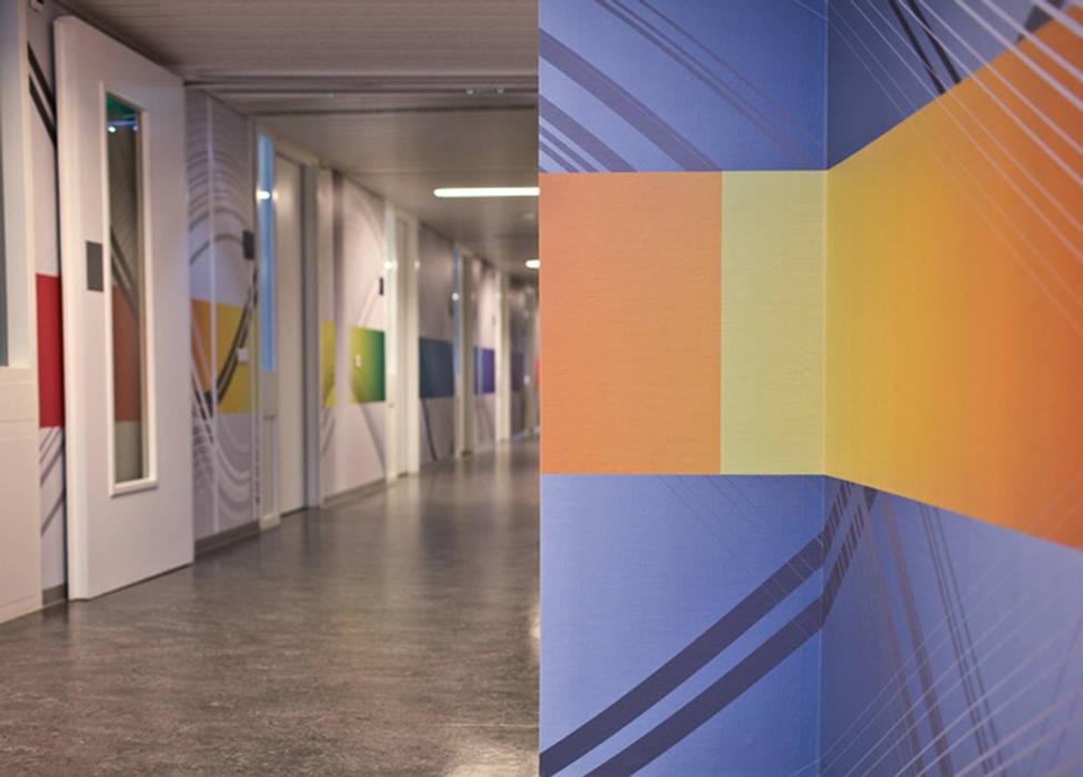 hospital St.Antonius Nieuwegein: modern  door Workingbert, Modern