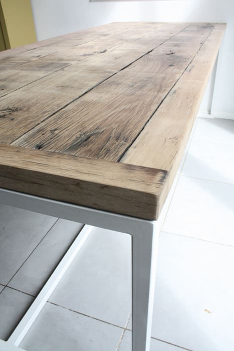Deben Dining table in reclaimed French oak: rustic  by Salvation Furniture, Rustic