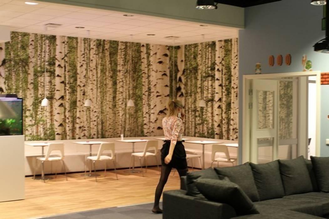 Biuro marki Ziperall: styl , w kategorii Przestrzenie biurowe i magazynowe zaprojektowany przez Milena.Ostólska